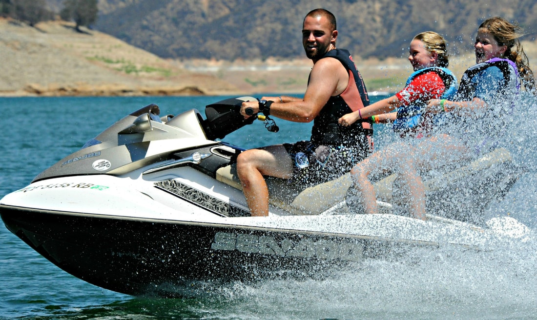 Campers jet skiing at Aloha Beach Camp