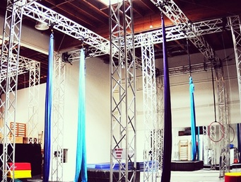 Picture of Aerial Warehouse's summer camp facility in Culver City